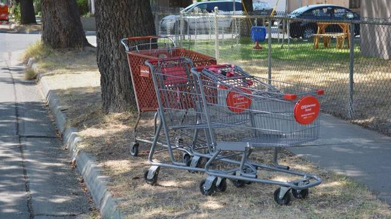 Jeff Jardine: Years after Modesto ordinance, abandoned shopping carts still a problem